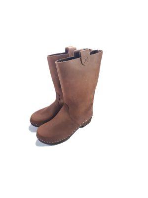 מגפיים קבקבי עץ חומים